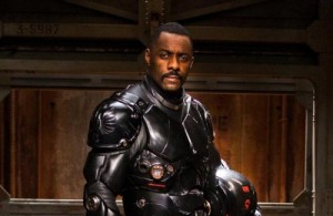 Bande-annonce de Pacific Rim de Del Toro avec Charlie Hunnam et Idris Elba