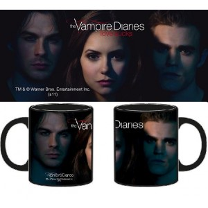 Mug The Vampire Diaries, le cast