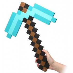 Pioche Diamond Minecraft en mousse 45cm