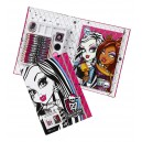 Monster High Fashion 19-Piece Drawing Set Make Up